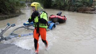 存檔圖片 Image d'archive: Des inondations dans le sud-est de la France, plus de 1600 pompiers sont mobilisés dans les deux départements(le Var et les Alpes-Maritimes).