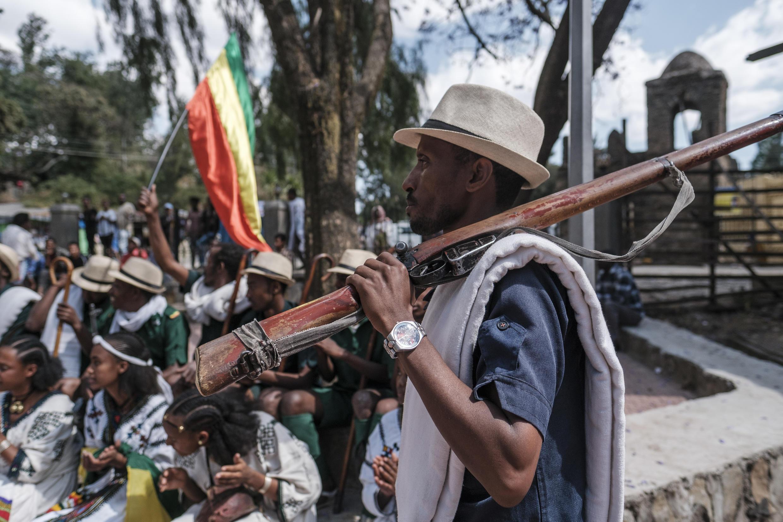 Après les miliciens (photo d'illustration), c'est tous les hommes de plus de 18 ans qui sont appelés à combattre les rebelles du Tigré, le 25 juillet 2021.
