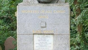 Tumba de Karl Marx en el Highgate Cemetery, en Londres.