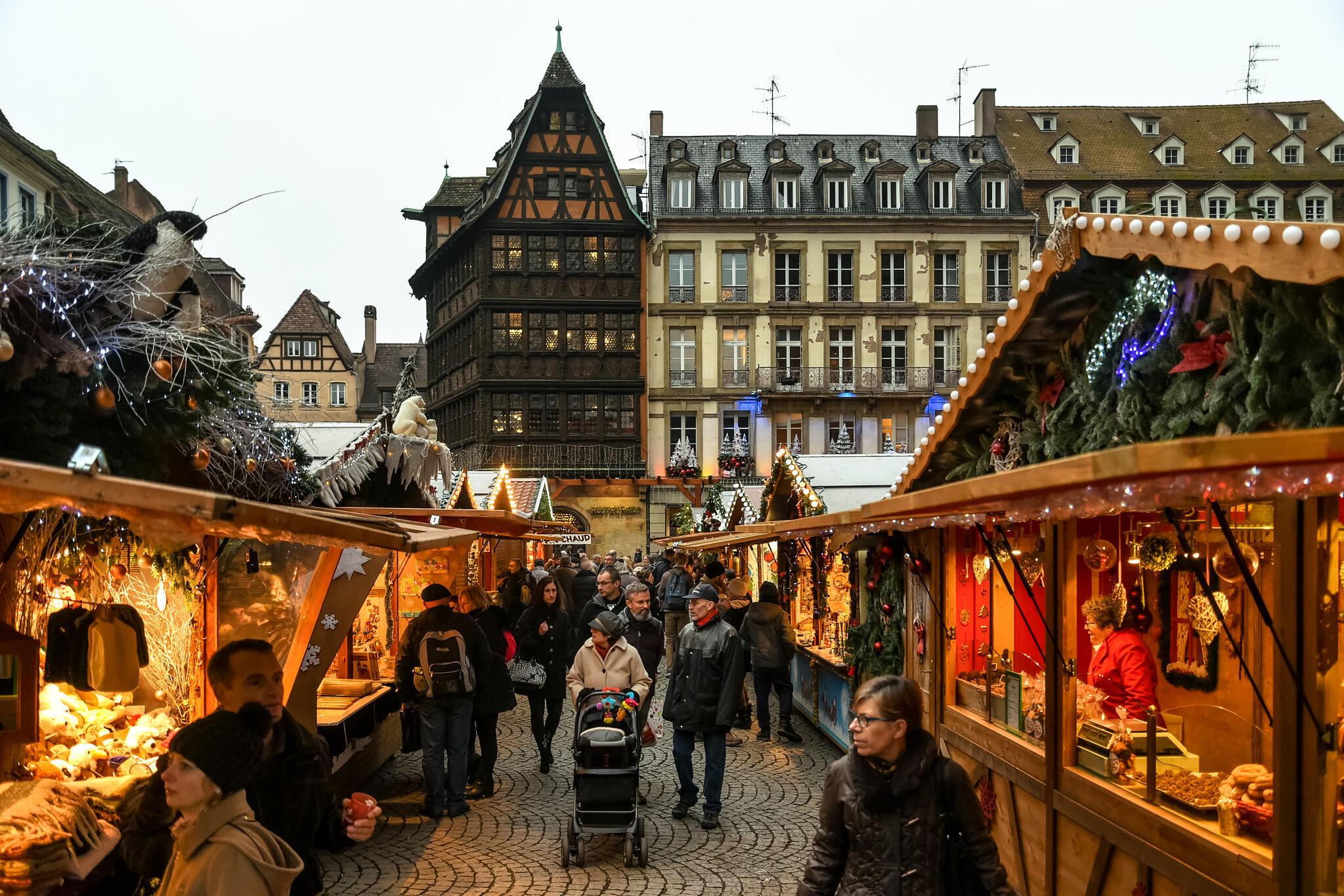 Страсбургская рождественская ярмарка - одна из самых известных в мире.