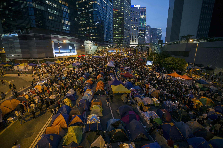 Người biểu tình chiếm giữ khu tài chính ở Hồng Kông, ngày 28/10/2014