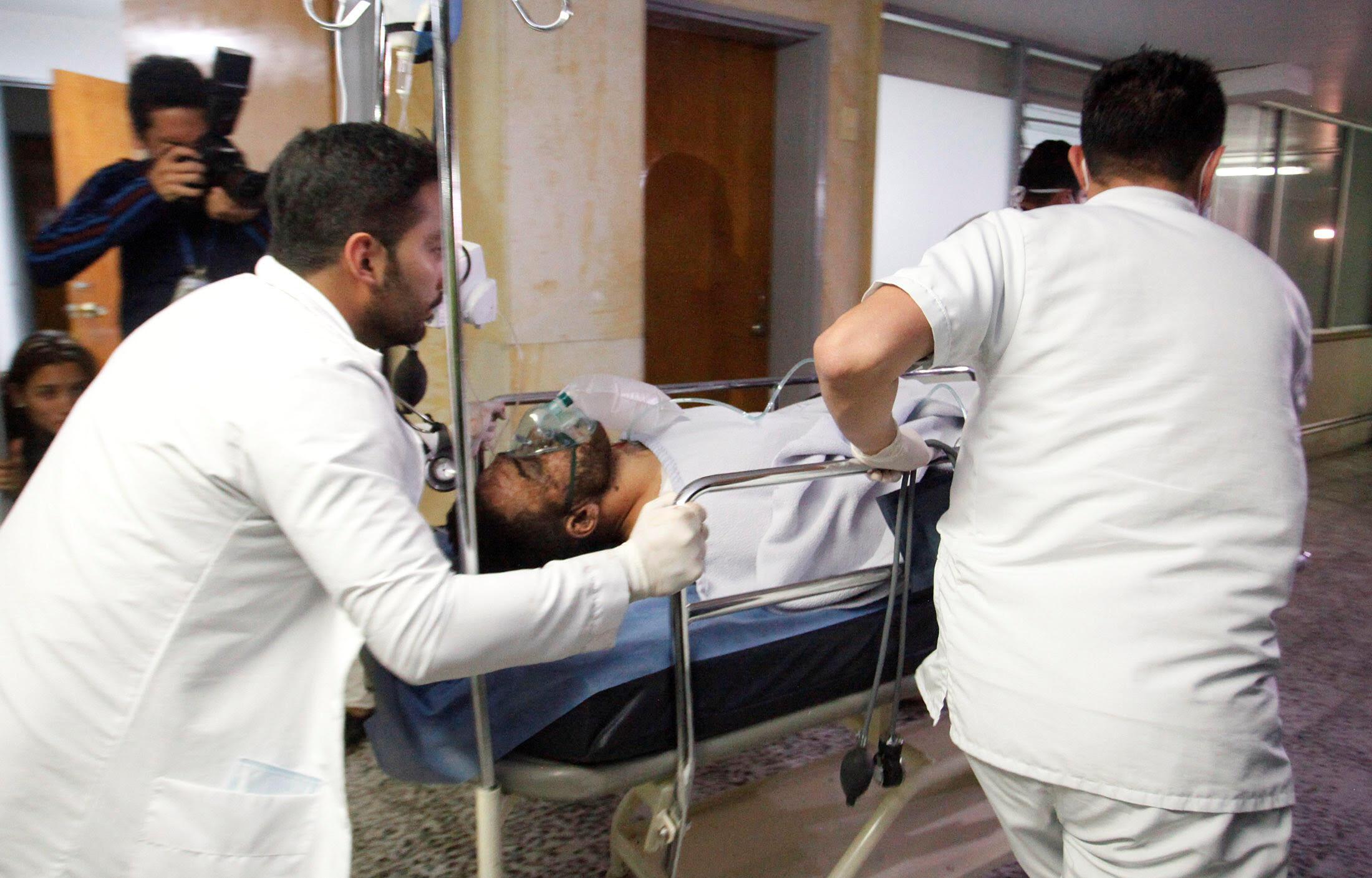 O lateral Alan Ruschel da Chapecoense é um dos sobreviventes, informou a Aviação Civil da Colômbia. O jogador, de 27 anos, foi levado para o hospital do minicípio La Ceja, próximo ao local do acidente.