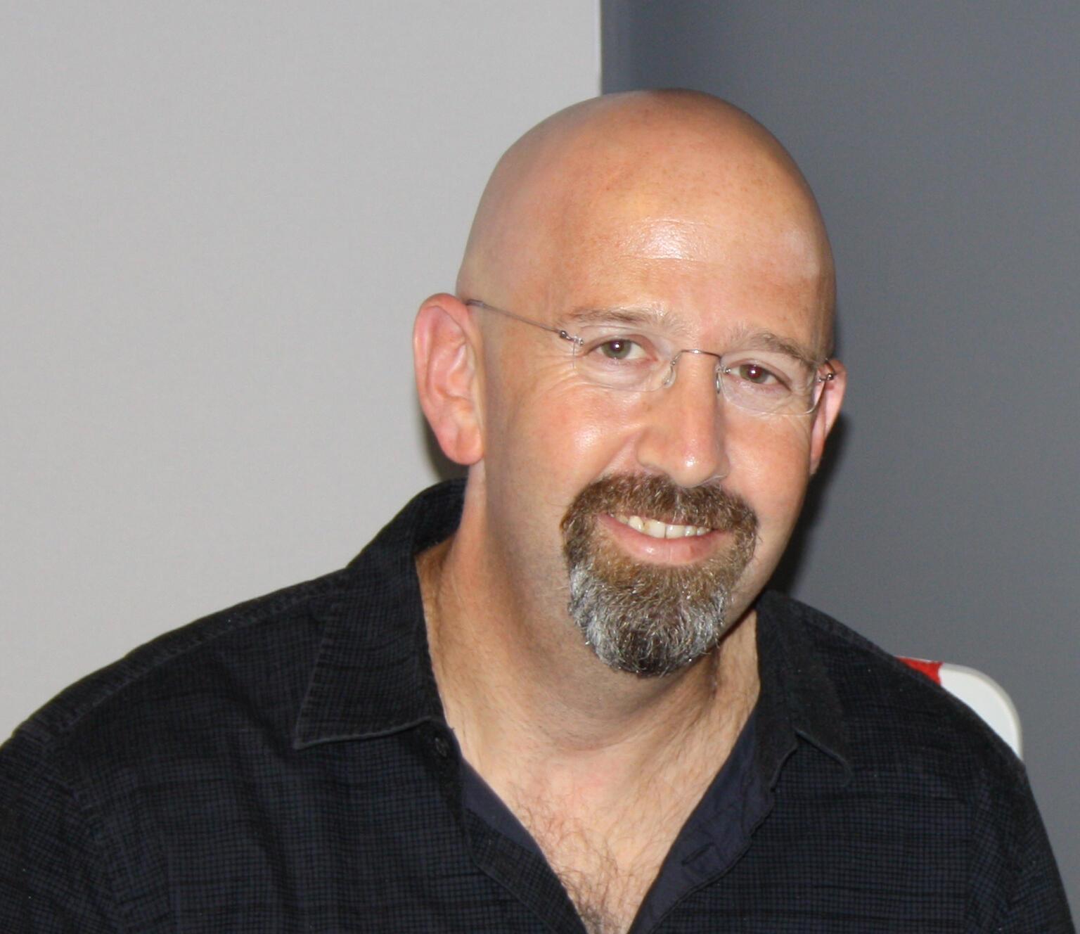 Giáo sư Jonathan London - Đại học City University of Hong Kong.