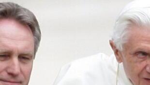 L'ancien majordome du pape Benoît XVI Paolo Gabriele est mort à l'âge de 54 ans.