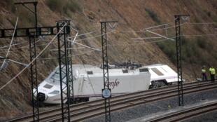 Phần đầu đoàn tầu trật được ray tại Saint-Jacques de Compostelle, Tây Ban Nha (Ảnh chụp ngày 26/07/2013)