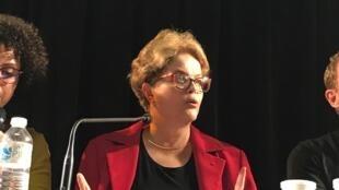 A ex-presidente do Brasil Dilma Rousseff faz conferência sobre o Brasil contemporâneo na Universidade Sorbonne, em Paris, em 17 de setembro de 2019.