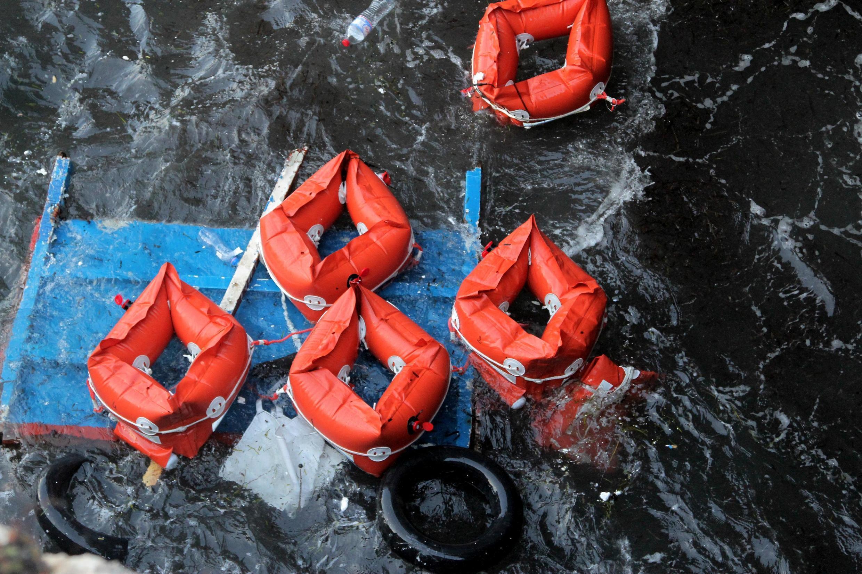 83 pessoas conseguiram alcançar a costa a nado, no naufrágio de um barco na Mauritânia em 4 de dezembro de 2019. (Imagem ilustrativa)