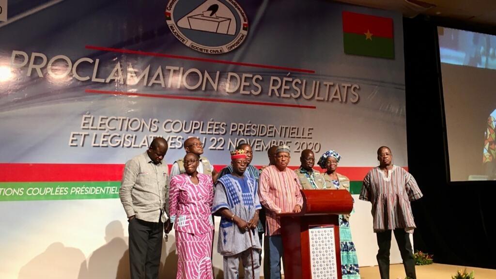 Burkina Faso: après une suspension, la Céni reprend la proclamation des résultats
