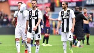 'Yan wasan Juventus bayan kammala wasan da Genoa ta doke su da 2-0.