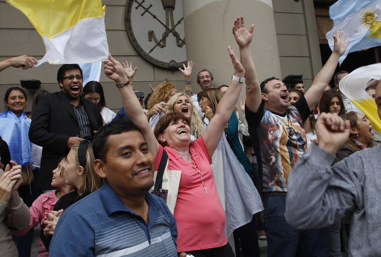 Os argentinos festejam a eleição do primeiro papa sul-americano.