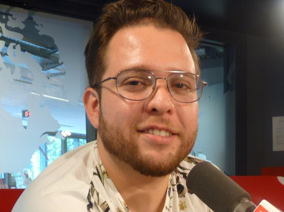 El chef mexicano Antonio Cortés Barenque en los estudios de RFI