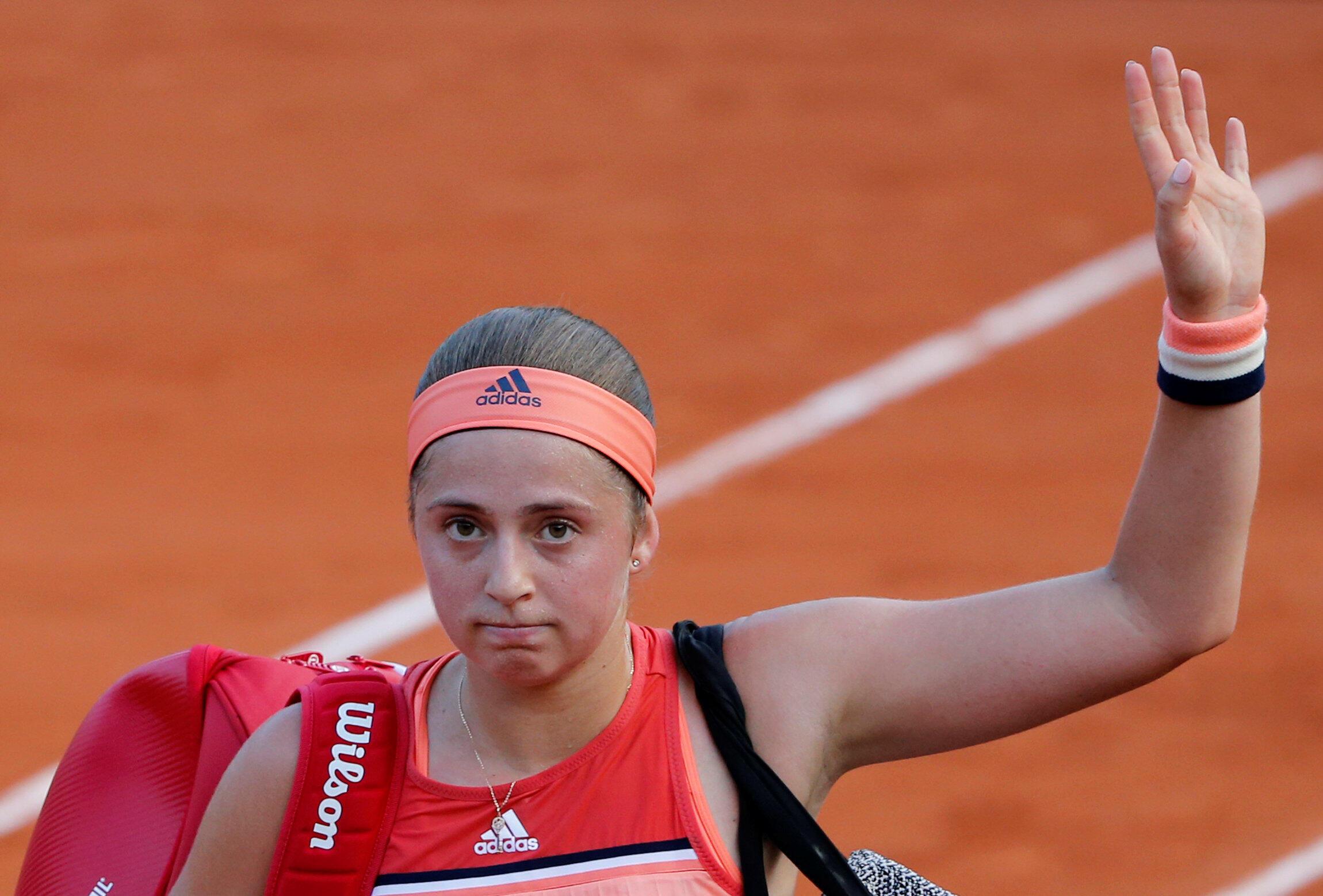 La campeona defensora Jelena Ostapenko se inclina en la primera ronda del Roland Garros 2018.
