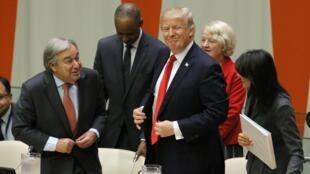 Tổng thư ký Liên Hiệp Quốc Antonio Gutteres (trái), tổng thống Mỹ Donald Trump (giữa) và đại sự Nikki Haley tại diễn đàn thảo luận về cải cách Liên Hiệp Quốc ngày 18/09/2017 tại New York.