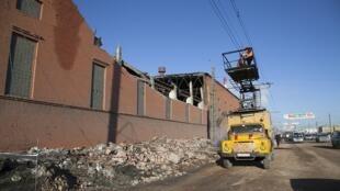 Estragos causados pela queda do meteoro na cidade de Chelyabinsk em 15 de fevereiro de 2013.