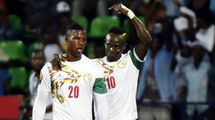 Les Sénégalais Keita Baldé (à gauche) et Sadio Mané.
