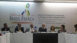 Pesquisadores brasileiros e franceses apresentaram os resultados de 25 projetos de pesquisa em andamento, no seminário Brasil-França – 10 anos de Cooperação Científica.