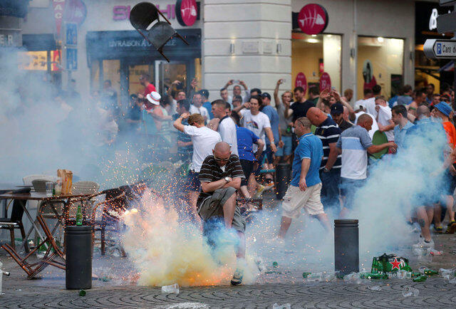Беспорядки в Марселе в ходе Евро-2016
