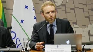 Doutor em Ciências Políticas, Oliver Stuenkel é professor de Relações Internacionais na FGV-SP.