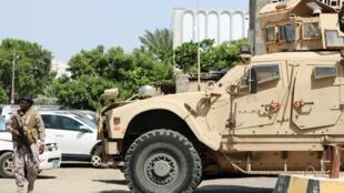 沙特等國家支援也門政府軍打擊胡塞武裝