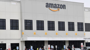 A coalition of racial justice groups has launched an online petition calling for Amazon to cut ties with police and US immigration officials