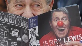 Jerry Lewis, du haut de ses 87 ans, est l'un des «vétérans» de ce Festival de Cannes.