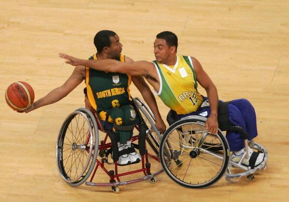 Selon l'Académie de Médecine, le sport joue un rôle dans le suivi de et dans la prise en charge des personnes en situation de handicap.