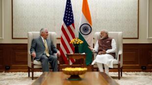 Ngoại trưởng Mỹ Rex Tillerson hội đàm với thủ tướng Ấn Độ Narendra Modi tại New Delhi, ngày 25/10/2017.