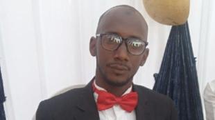 Ibrahiima BARI, Suka gollanoowo hoore mum. Ko o yeeyoowo alaaji darnirɗi cuuɗi Konaakiri. Gine