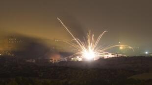 Bombardeos sobre la Franja de Gaza este jueves tras el anuncio del Primer ministro israelí de lanzar la ofensiva terrestre en ese territorio.