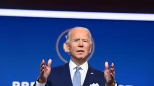 Joe Biden durante la presentación de los primeros elegidos para integrar su futuro gobierno, el 24 de noviembre de 2020 en Wilmington, Delaware.