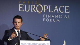 Manuel Valls en una intervención en el foro París Europlace, dedicado a la promoción de la plaza financiera parisina, el 6 de julio de 2016 en París.