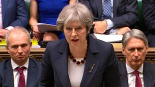 Bà Theresa May phát biểu ở Hạ Viện Anh về phản ứng của chính phủ trong vụ đầu độc cựu điệp viên Nga Skripal, Luân Đôn, 14/03/2018.