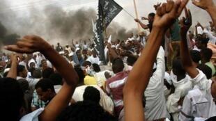 苏丹示威者袭击美国使馆2012年9月14日喀土穆