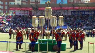 """Festa de abertura do Festival Naadam que, em mongol, significa """"jogo"""". Desde 2010, o evento entrou para a lista do patrimônio imaterial da Unesco."""