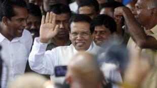 Maithripala Sirisena a passé haut la main son premier test au Parlement depuis son élection il y a un mois.
