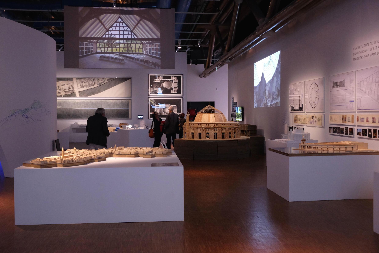 Vue de l'exposition « Tadao Ando, le défi » au Centre Pompidou-Paris.