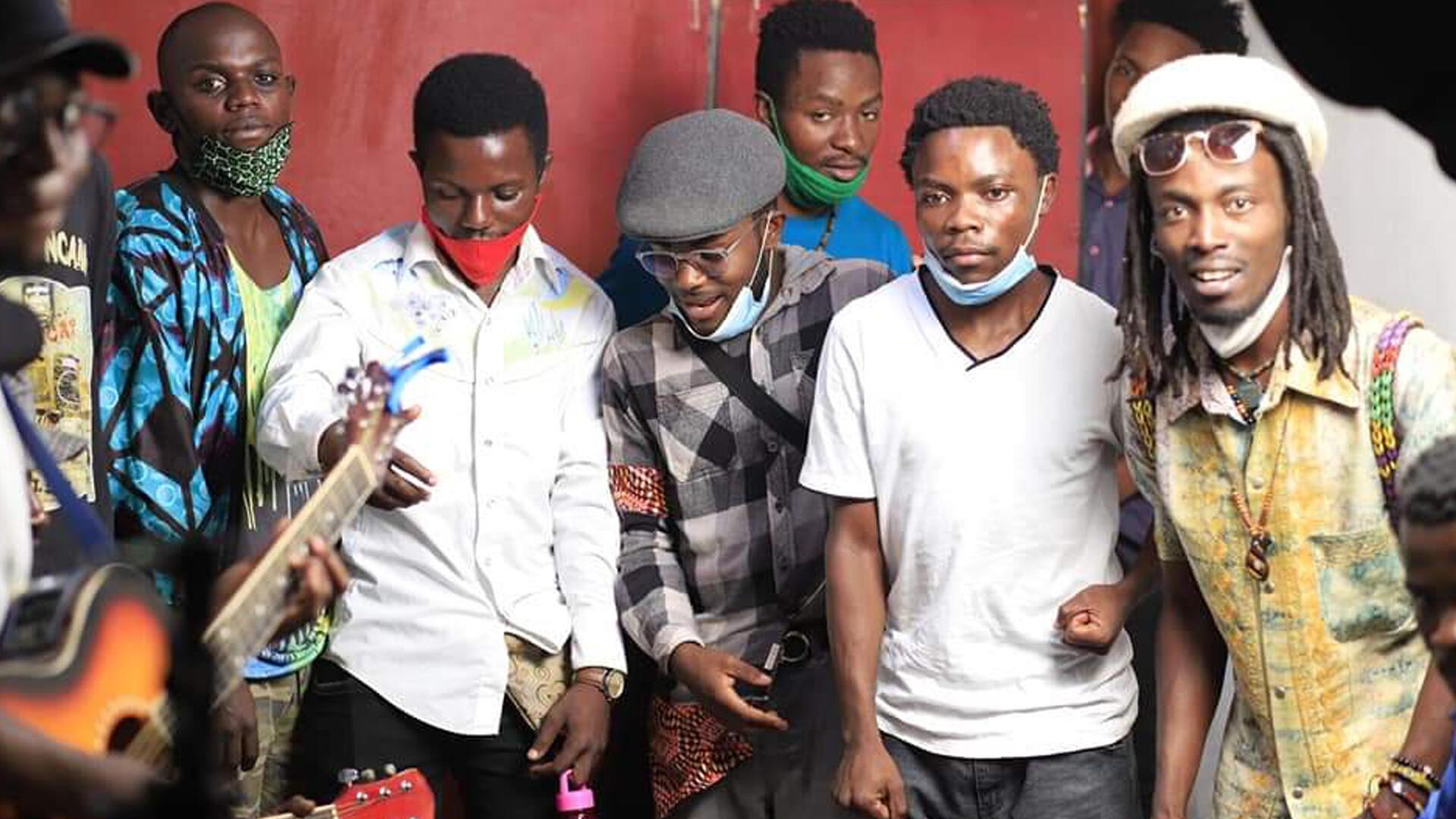 Club RFI Nakivalé - Ouganda - équipe du concert - Journée des réfugiés