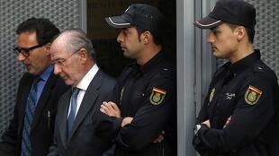Rodrigo Rato deja la Corte tras ser interrogado, este 16 de octubre en Madrid, España.
