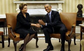 Presidentes Dilma Rousseff e Barack Obama no Salão Oval da Casa Branca em 30 de junho de 2015.
