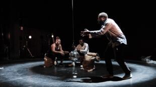 Photographie du spectacle «Congo», de Faustin Linyekula.