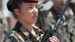 Assia, parachutiste en Afghanistan.
