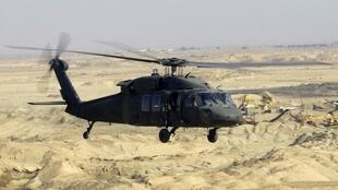Trực thăng Black Hawk UH 60.