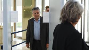 Сенатор Робер Наварро в суде города Монпелье. 07.07.2016