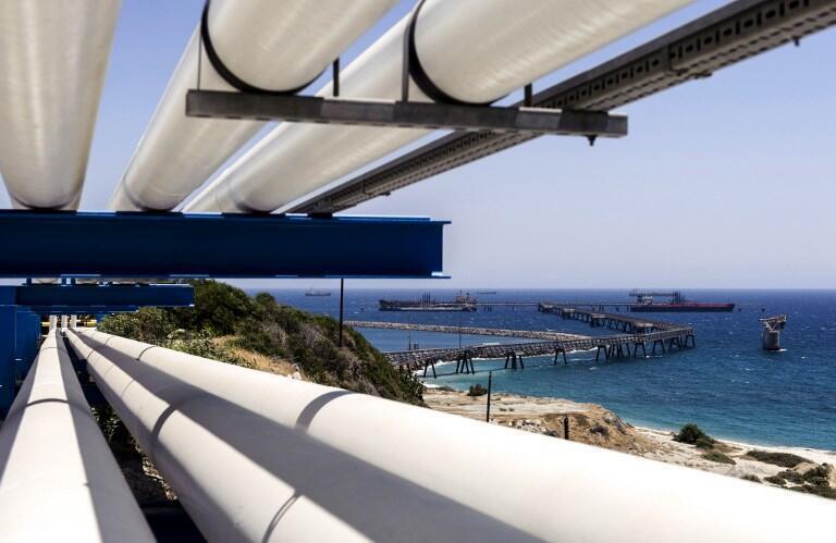 Terminal dans le port de Mari (Chypre). La Turquie s'oppose à toute exploitation des ressources gazières chypriotes qui exclurait la RTCN.