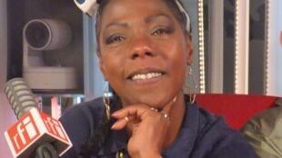 La cantante cubana La Dame Blanche en RFI
