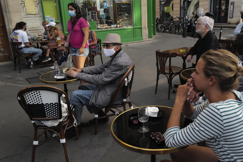 Paris - Café - Covid-19