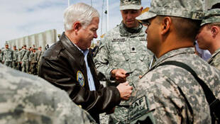 US Defence Secretary Robert Gates visits troops in Afghanistan, march 2010.
