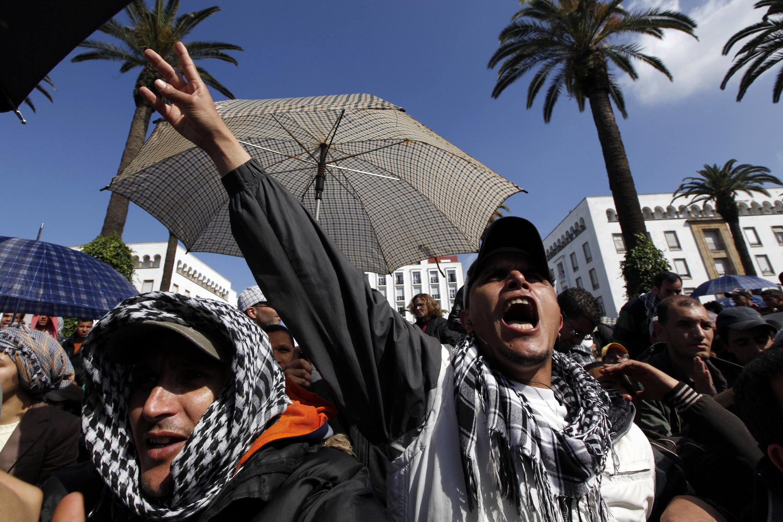Dans les rues de Rabat, le 20 février 2011.