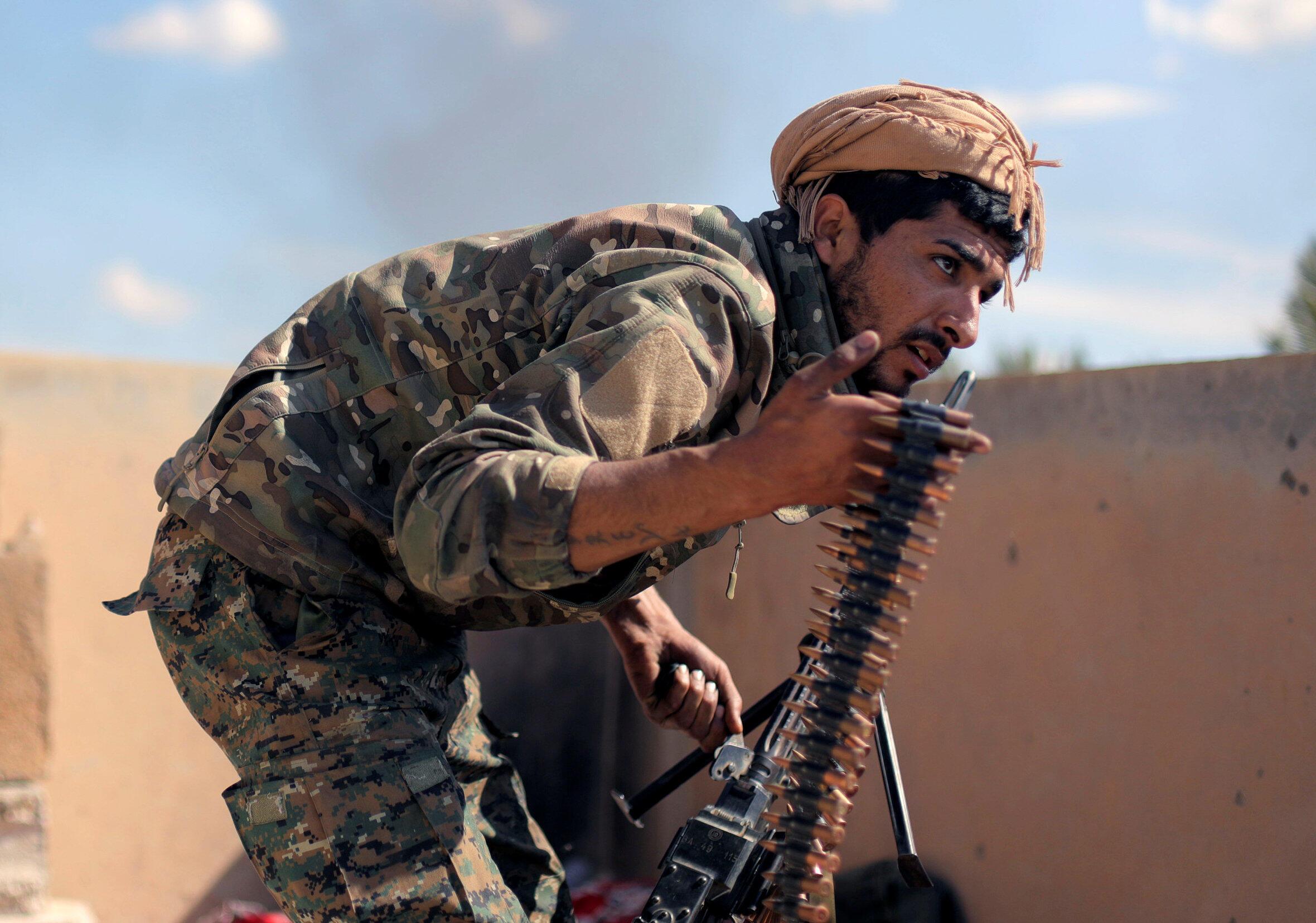 Un combatiente de las Fuerzas Democráticas Sirias (FDS) en Bahguz, este 3 de marzo de 2019.