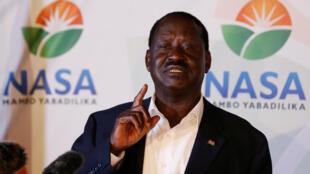 Raila Odinga durant sa conférence de presse dans la nuit du 8 au 9 août 2017.